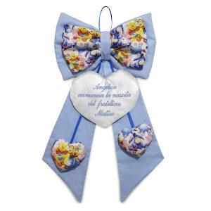 Fiocco nascita Winnie Pooh ricamato - www.crociedelizie.com